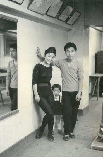 当時の貸しスタジオで(1953年か)