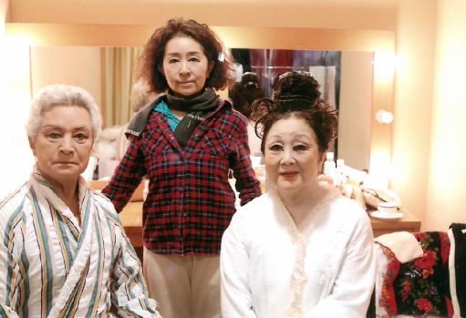 家族舞踊団「まだ踊る」 @藤原洋記念ホール(慶應義塾大学内) (2012年)