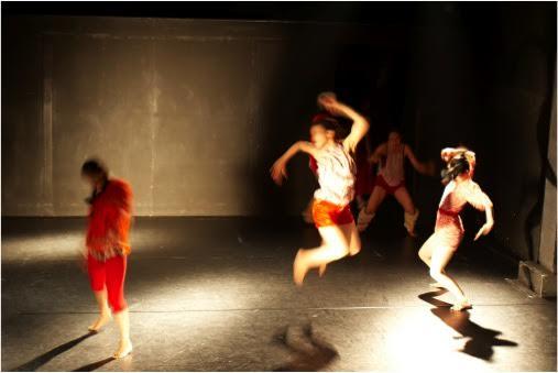 ★滞在制作終了しました★黒沢美香&ダンサーズ きのさきのさき ~Far away~のイメージ